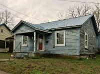 Home for sale: 609 E. Locust, Doniphan, MO 63935