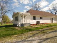 Home for sale: 16610 S. Universal, Clinton, IN 47842