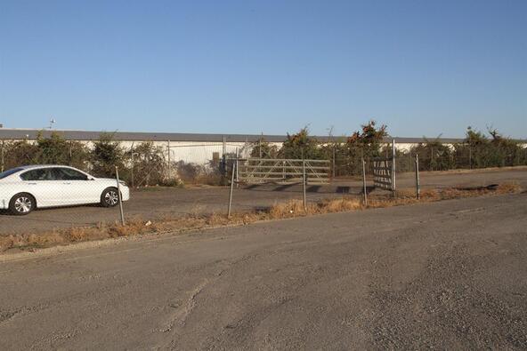 3051 West Nielsen Avenue, Fresno, CA 93706 Photo 10
