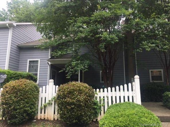 6013 Pinebark Ct., Charlotte, NC 28212 Photo 1