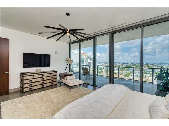 800 S. Pointe Dr. # 2104, Miami Beach, FL 33139 Photo 23