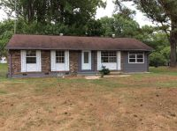 Home for sale: 301 Pledger St., La Fayette, GA 30728