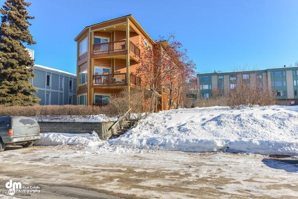 717 O St., Anchorage, AK 99501 Photo 1