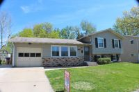 Home for sale: 2927 Woodland Ln., Bettendorf, IA 52722