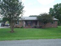 Home for sale: 8 Hudson Dr., Fayetteville, TN 37334