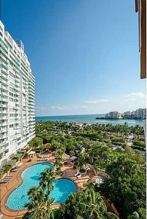 300 S. Pointe Dr. # 1001, Miami Beach, FL 33139 Photo 18