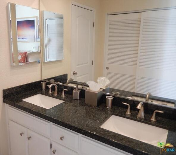 255 S. Avenida Caballeros, Palm Springs, CA 92262 Photo 17