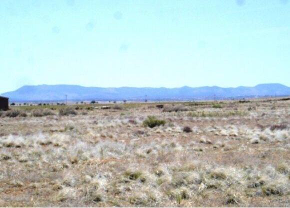 24602 N. Laredo Ln., Paulden, AZ 86334 Photo 9