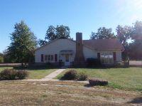 Home for sale: 200 Walnut St., Kincaid, KS 66039