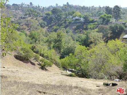 2251 N. Oakden Dr., Los Angeles, CA 90046 Photo 11