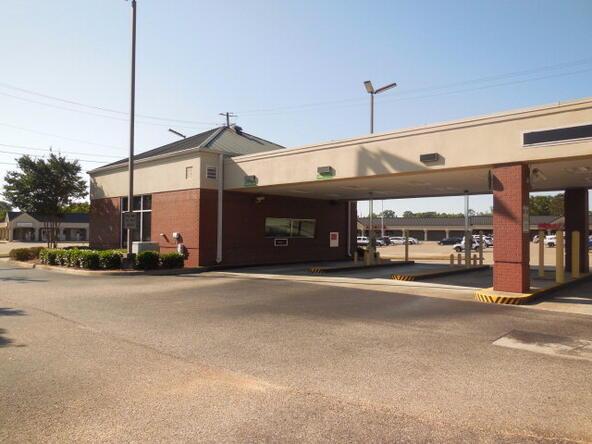 3535 Montgomery, Dothan, AL 36303 Photo 4