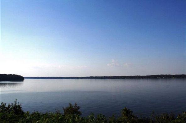 90 River Pointe Dr., Muscle Shoals, AL 35661 Photo 3