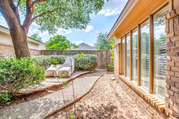 9108 York Avenue, Lubbock, TX 79424 Photo 21