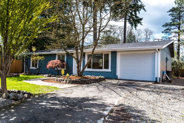 112 158th St. Ct. E., Tacoma, WA 98445 Photo 2