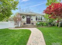 Home for sale: 2116 Lindgren St., Merrick, NY 11566