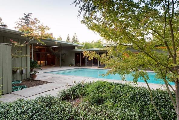 5331 North Sequoia Avenue, Fresno, CA 93711 Photo 4