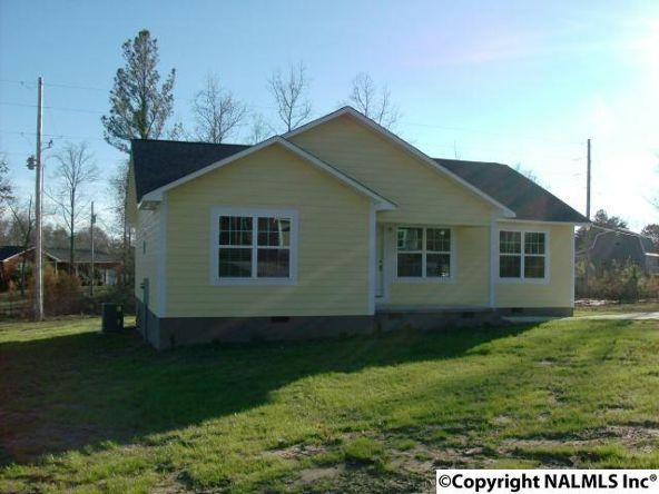 9052 Everett Rd., Rainsville, AL 35986 Photo 3