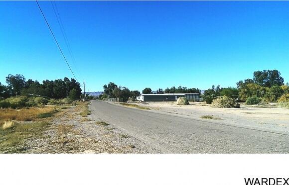 10245 S. Honduras Rd., Mohave Valley, AZ 86440 Photo 5