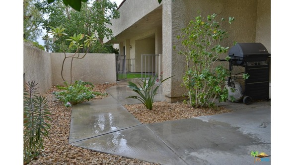 200 E. Racquet Club Rd., Palm Springs, CA 92262 Photo 17