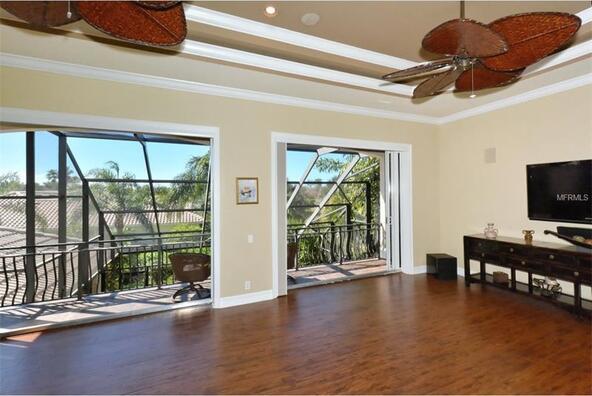 7041 Beechmont Terrace, Lakewood Ranch, FL 34202 Photo 10