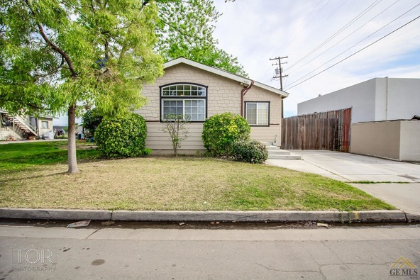 1407 2nd St., Bakersfield, CA 93304 Photo 2
