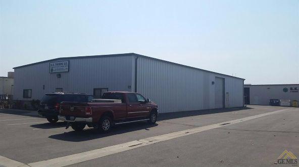5221 Gilmore Avenue, Bakersfield, CA 93308 Photo 15