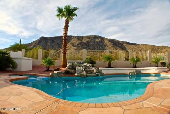 916 E. Desert Flower Ln., Phoenix, AZ 85048 Photo 2