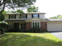Home for sale: 32362 Olde Franklin, Farmington Hills, MI 48334