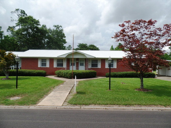 301 Craig St., Atmore, AL 36502 Photo 1