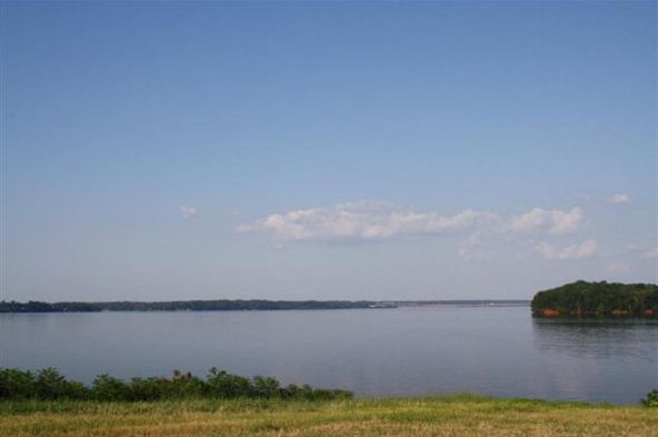 166 River Pointe Dr., Muscle Shoals, AL 35661 Photo 9