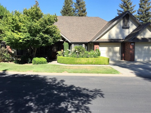 2555 W. Bluff Avenue, Fresno, CA 93711 Photo 4