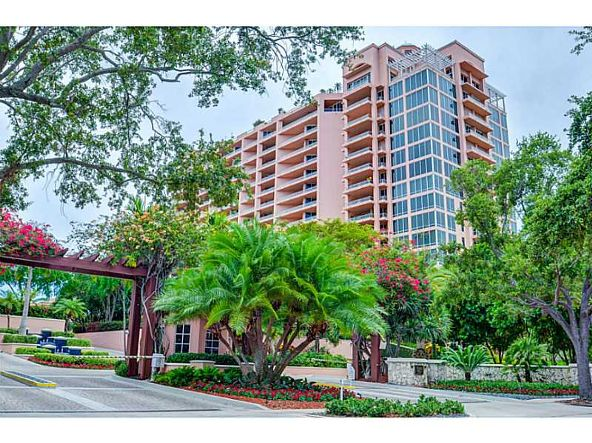 60 Edgewater Dr. # Ph15c, Coral Gables, FL 33133 Photo 15