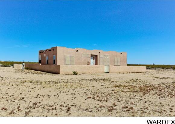 19064 S. Butch Cassidy Rd., Yucca, AZ 86438 Photo 3