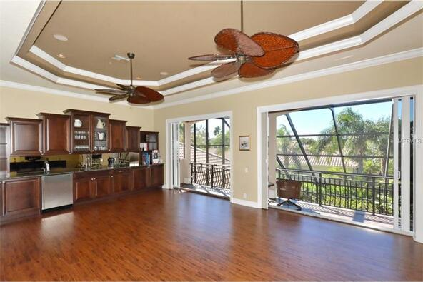 7041 Beechmont Terrace, Lakewood Ranch, FL 34202 Photo 9
