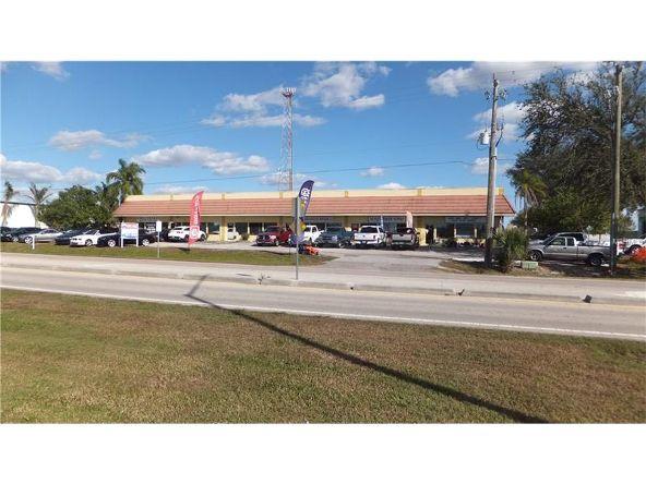 6207 Mcintosh Rd., Sarasota, FL 34238 Photo 2