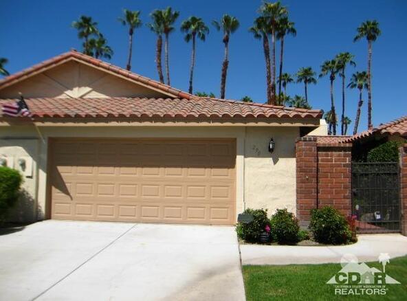 290 Cordoba Way, Palm Desert, CA 92260 Photo 1