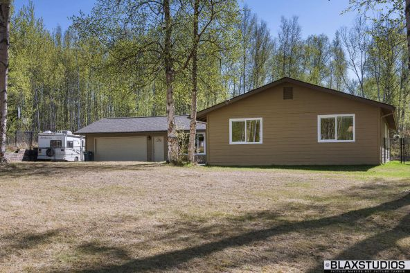 665 W. Holiday Dr., Wasilla, AK 99654 Photo 2