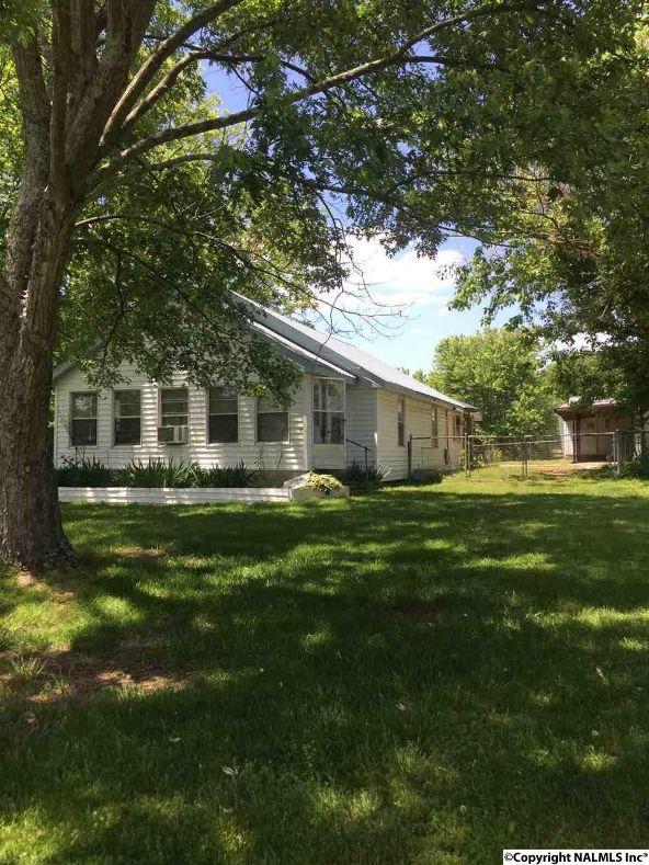 102 S.W. 1st St., Sylvania, AL 35988 Photo 4