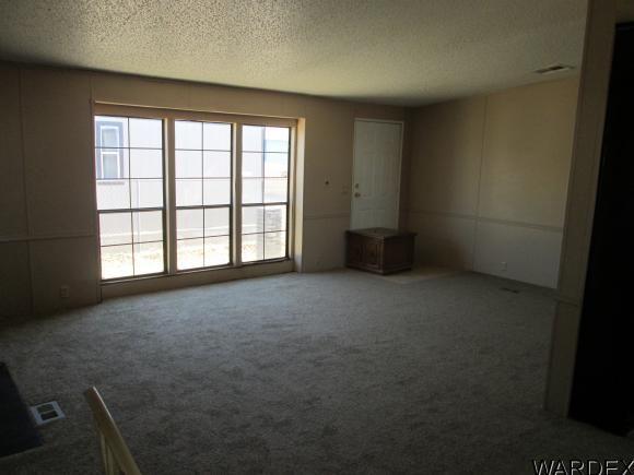 1042 E. Spruce Dr., Mohave Valley, AZ 86440 Photo 11
