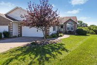 Home for sale: 808 Falcon Dr., Le Claire, IA 52753