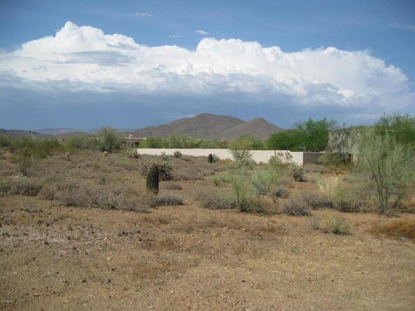 9xx E. Desert Hills Dr., Phoenix, AZ 85086 Photo 2