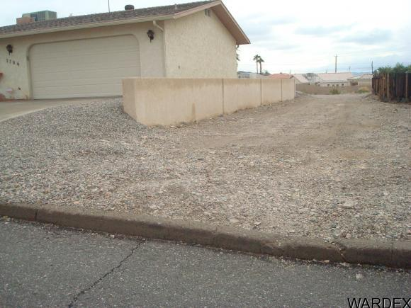 2702 Tradewind Dr., Lake Havasu City, AZ 86403 Photo 2