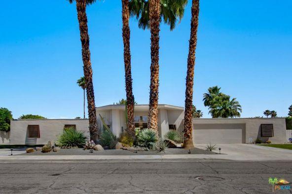 1188 E. Sierra Way, Palm Springs, CA 92264 Photo 2
