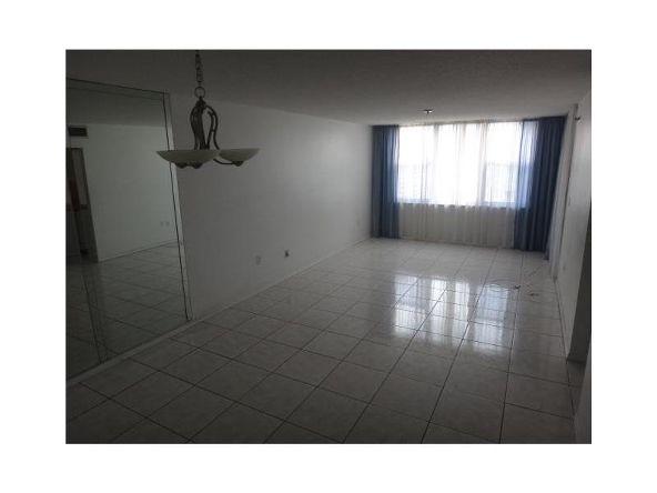 17890 West Dixie Hy, North Miami Beach, FL 33160 Photo 1