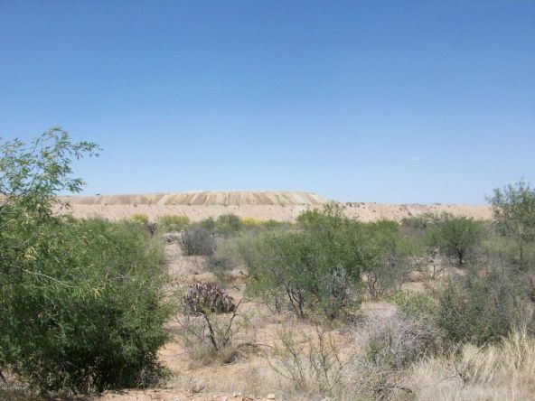 4360 W. Camino del Yucca, Sahuarita, AZ 85629 Photo 4