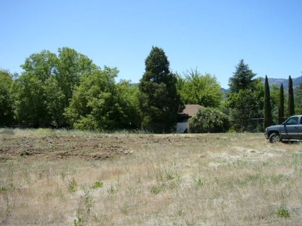 931 Oberlin Rd., Yreka, CA 96097 Photo 4