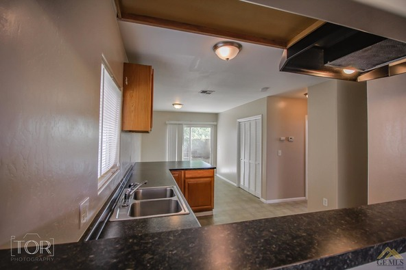 1407 2nd St., Bakersfield, CA 93304 Photo 9