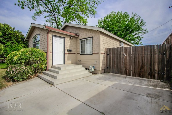 1407 2nd St., Bakersfield, CA 93304 Photo 1