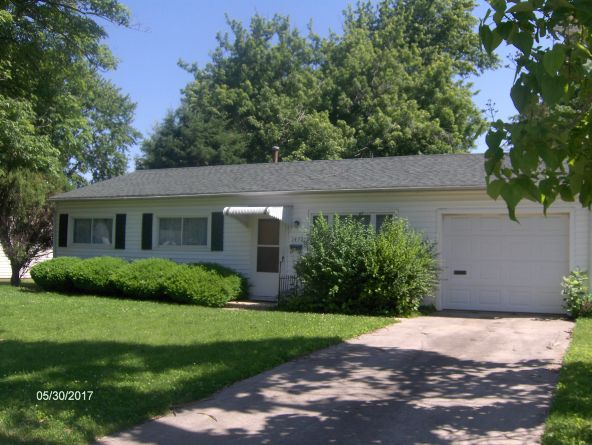 1437 Ln. Ave., Galesburg, IL 61401 Photo 2