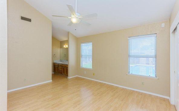 5392 N. Aurora Avenue, Fresno, CA 93722 Photo 6